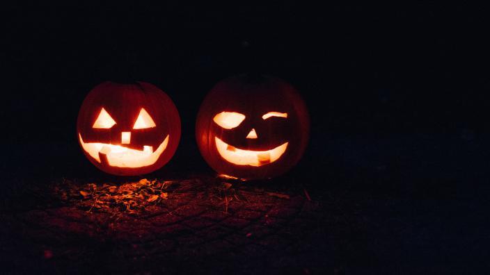 Halloween Spook-Track-ula