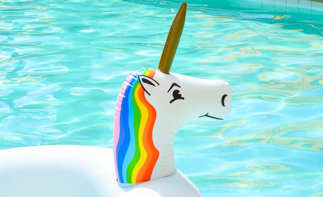summer essentials - pool floaty - body