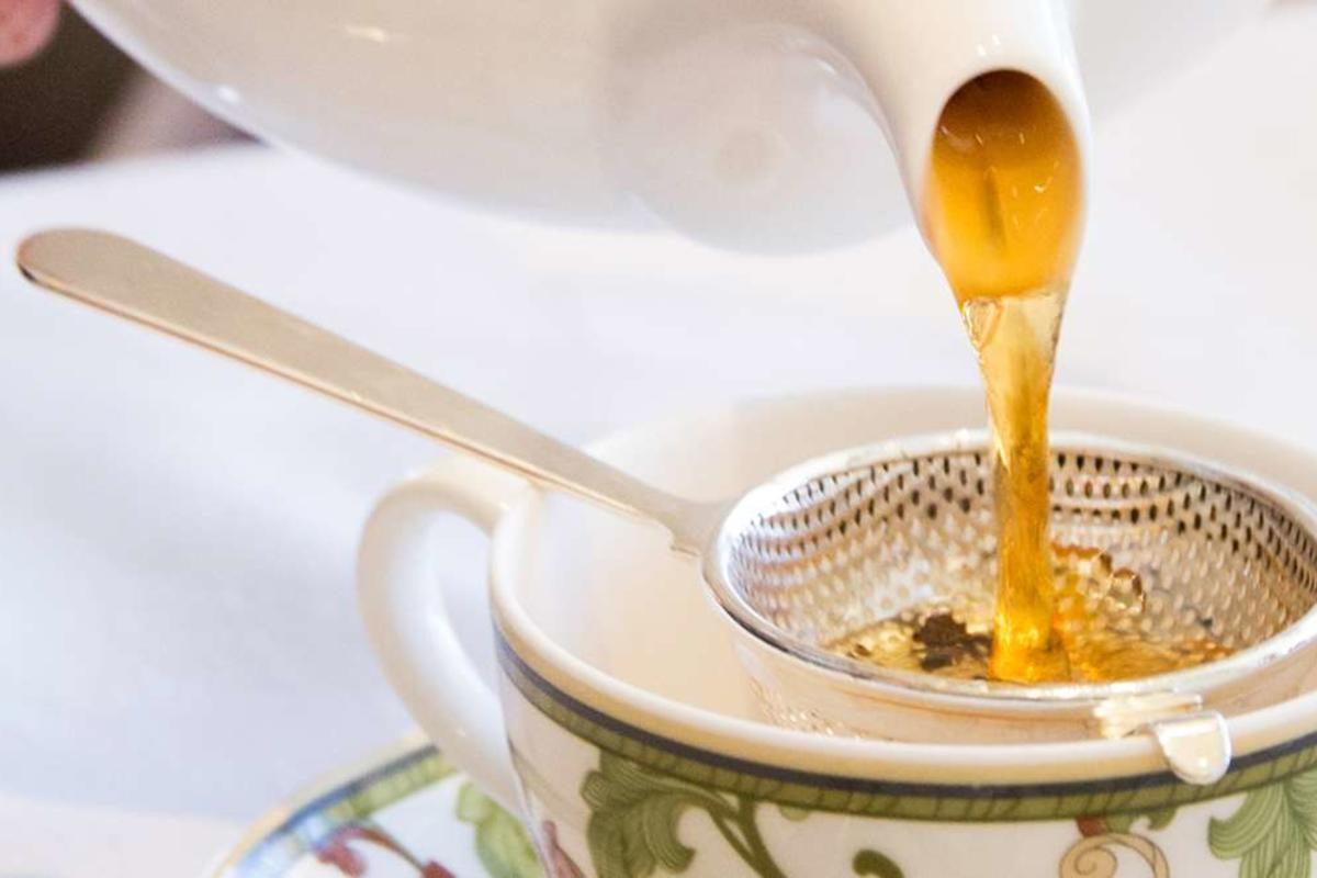 tea time phoenician