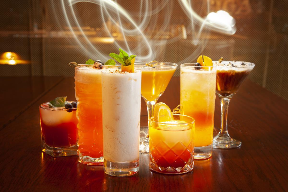 The Beverly on Main-Group Cocktails