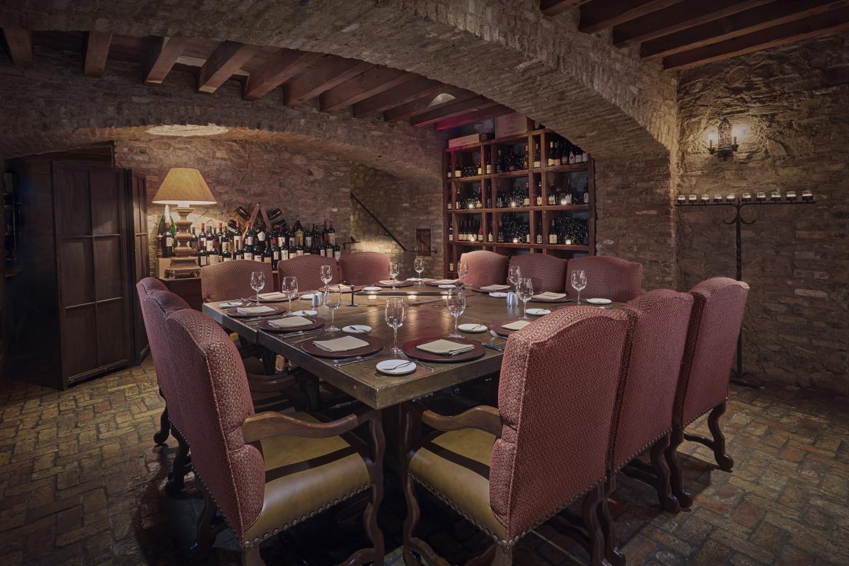 Lons Wine Cellar_Top 10 Places for Wine